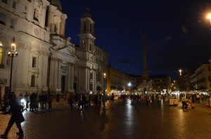 Night on Piazza Navona in Rome.
