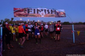 Runners at the start line of the Canyon de Chelly 55k.
