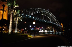 Night time view of the Sydney Harbour Bridge.