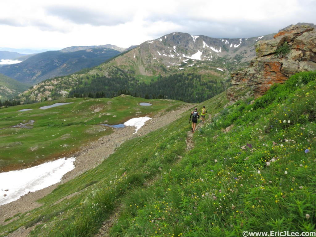 Descending off Buchanan Pass on the Pawnee-Buchanan Loop.
